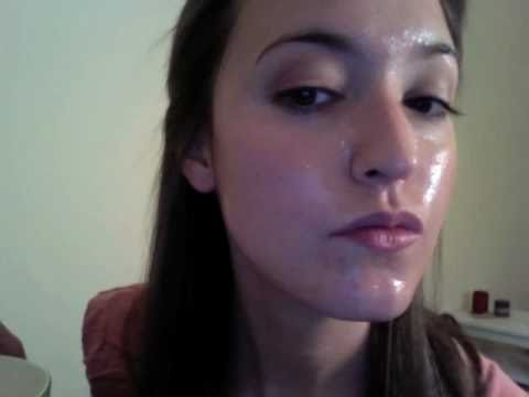 How You Can Get Rid Of Dry Skin With DIY Yogurt And Honey Face Mask