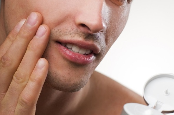Adult Acne: 5 Hidden Factors That Cause Acne in Men
