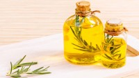 Wonderful Benefits You Didn't Know Jojoba Oil Can Do For Your Skin
